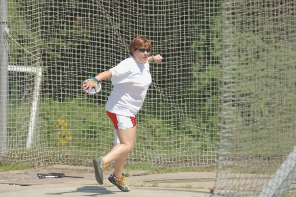 Claire throwing discus at a CP World Games
